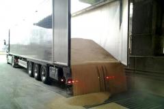 DBV Anlieferung Biogasschrot